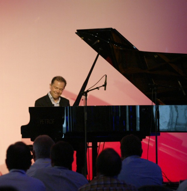 Solo piano concert